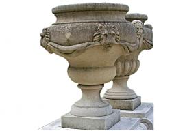 Vase In Pietra Bianca di Vicenza Levigata V-007-A1